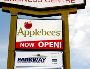 Applebees Sign by Angel Star Digital